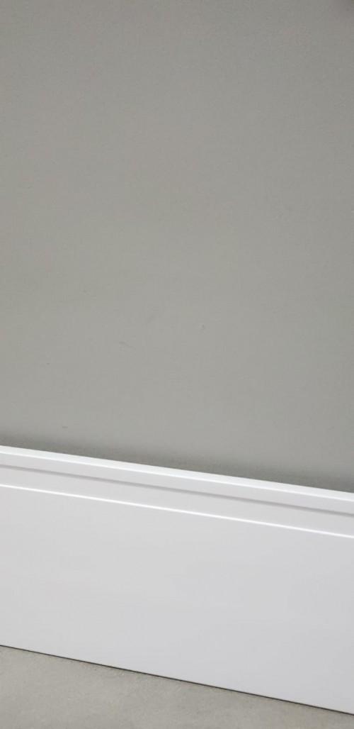 Rodapé RFB 10 Altura: 10cm Tamanho da Régua 2,40cm Quantidade por Caixa: 20 Réguas